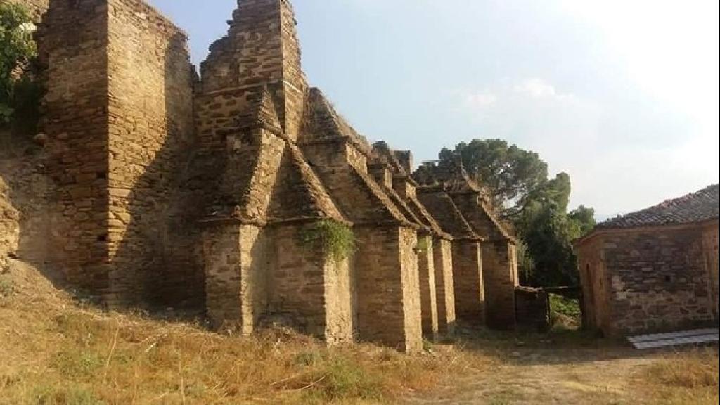 Arpaz Kalesi