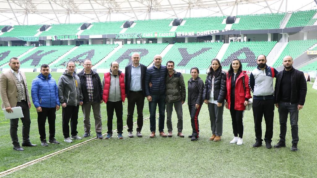 """""""Yaşayan Stadyum Projesi"""" Kapsamında Yeni Stadyum Gezildi"""