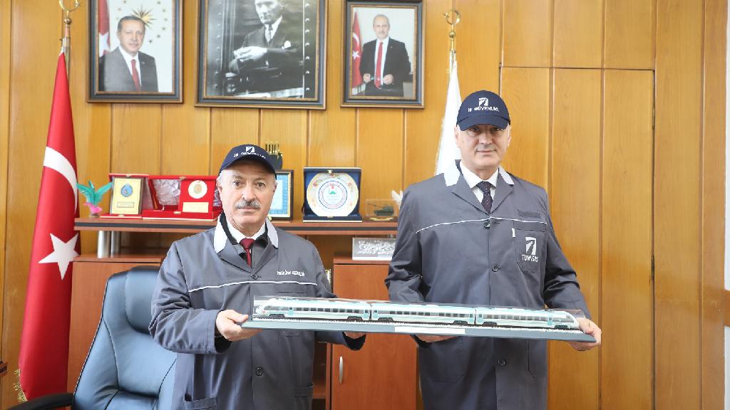 SATSO Başkanı TÜVASAŞ'ı Ziyaret Etti
