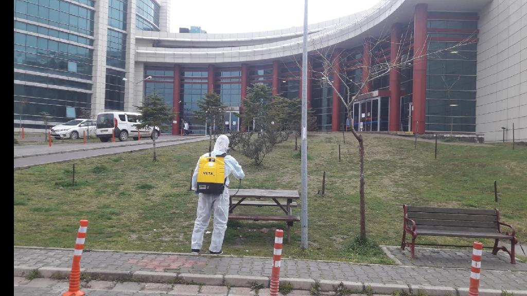 Büyükşehir Belediyesi İlçeleri Dezenfekte Ediyor