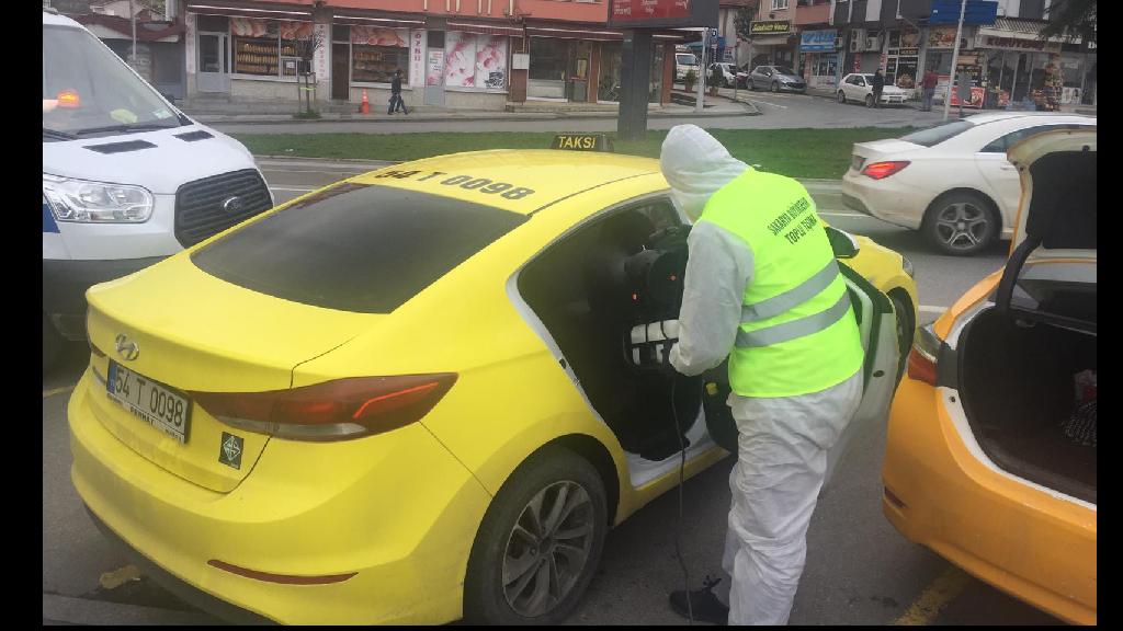 Şehrin Her Yerinde Dezenfekteler Sürüyor