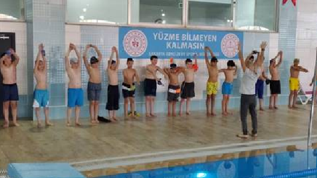 Yüzme Bilmeyen Kalmasın Projesi