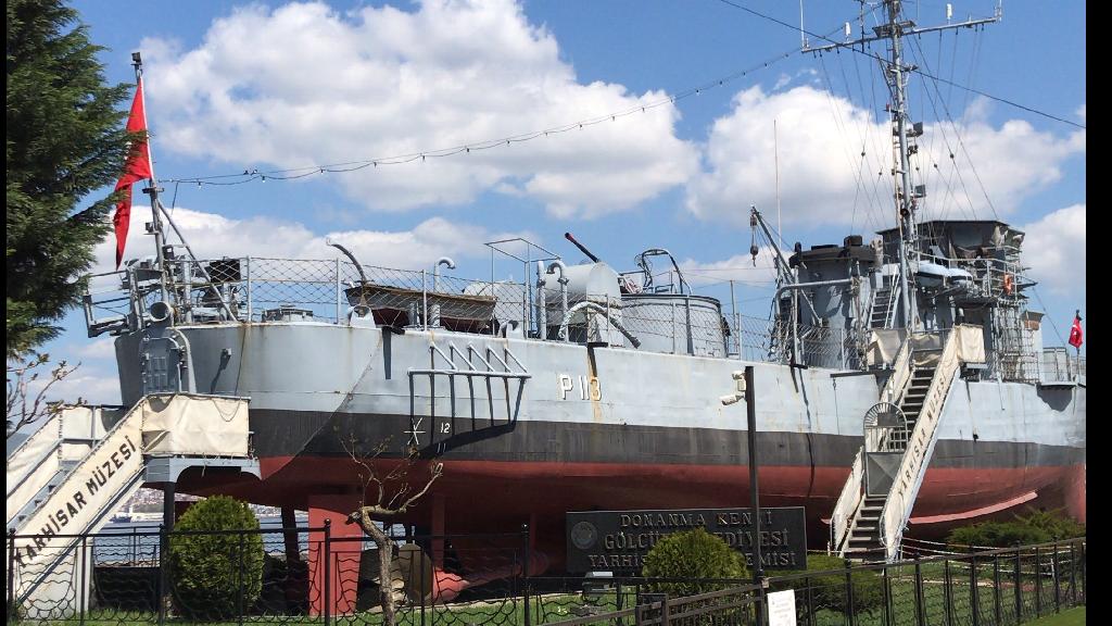 Yarhisar Müze Gemisi