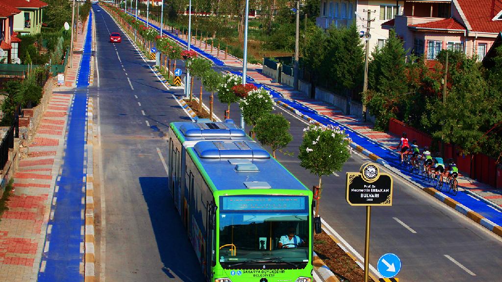 Sakarya'da Sağlıkçılara Toplu Taşıma ve Otopark Ücretsiz