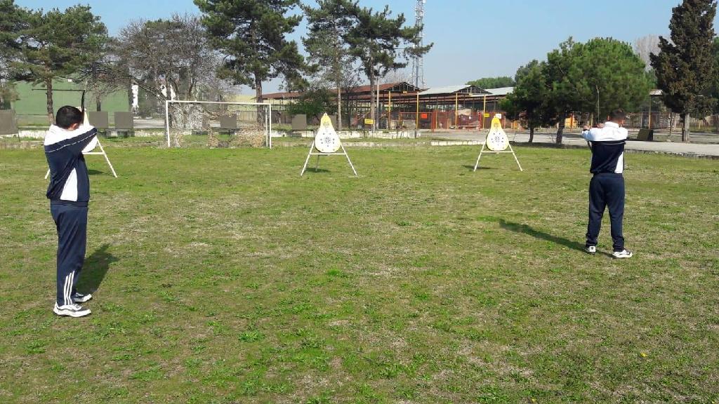 Sakarya'daki Askerlerimize Spor Malzemesi Desteği
