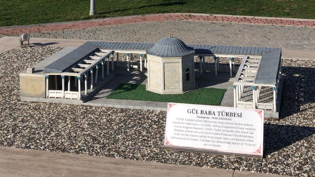 Esminyatürk Türk Dünyası Şaheserleri